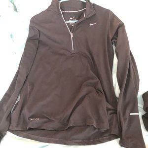 Women's Nike Dri Fit Pullover